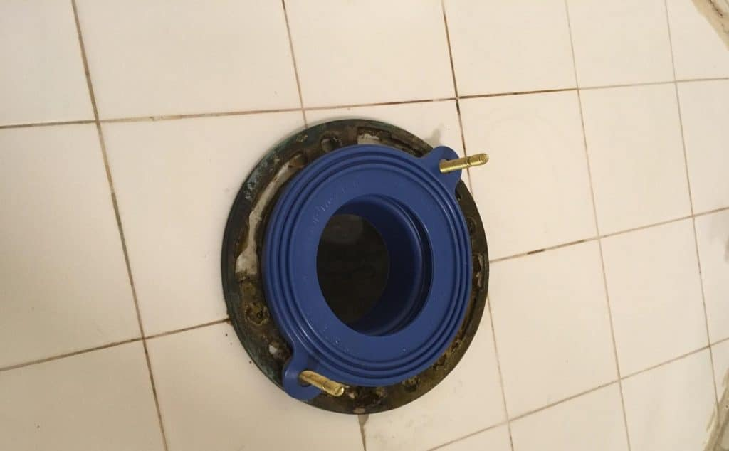How-to-replace-a-toilet-flange