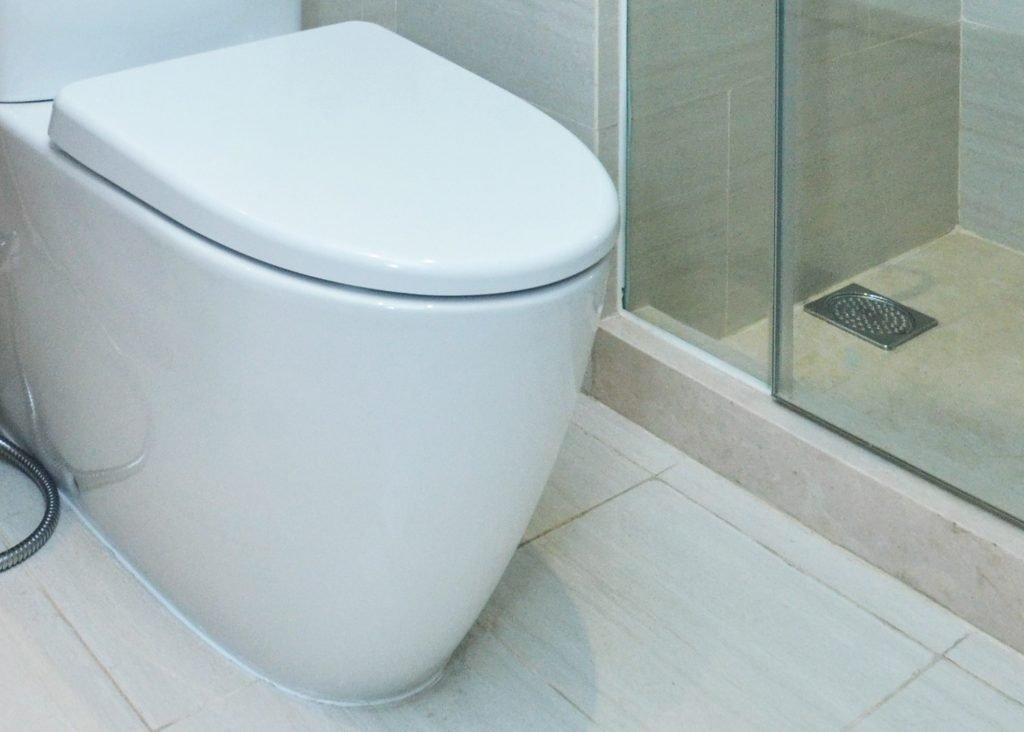 should-you-caulk-around-your-the-toilet